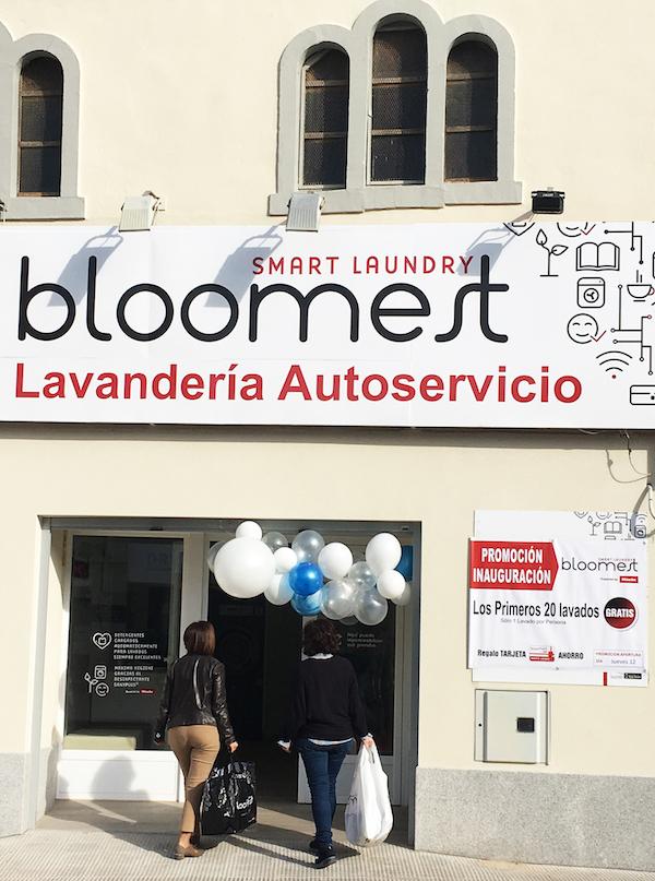 Inauguración Lavandería Autoservicio Bloomest en Campo de Criptana (Ciudad Real) - CLAT Lavanderías