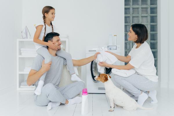 Lavar es cosa de todos Día de la Mujer - CLAT Lavanderías